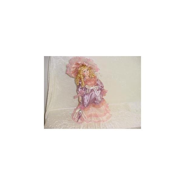 Porcelænsdukke lys lilla og rosa kjole